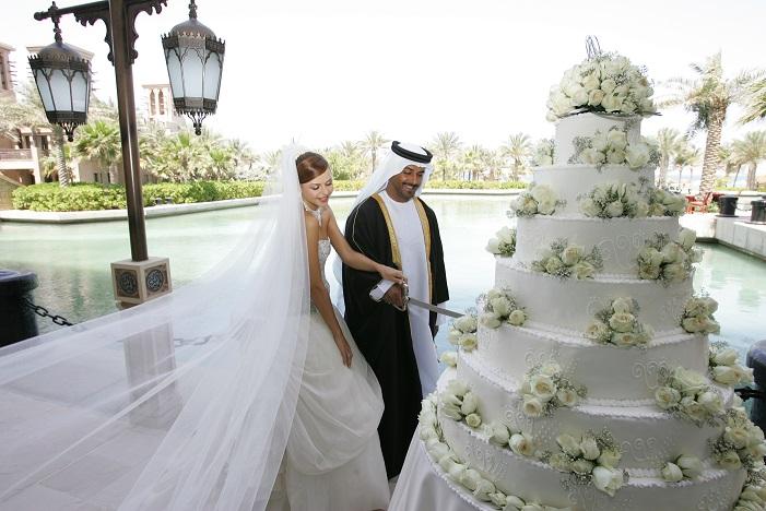 ازدواج خارجی ها در امارات متحده عربی